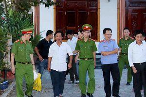 Khởi tố cựu cán bộ Ban Tổ chức Tỉnh ủy Quảng Bình 'lừa tiền xin việc'