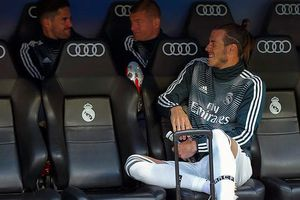 Gareth Bale trêu ngươi Zidane