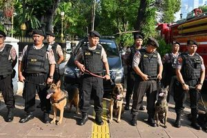 Hàng ngàn binh lính được triển khai sau khi Indoneisa tuyên bố người đắc cử tổng thống