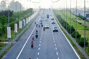 Hà Nội: Xử lý nghiêm hành vi xâm phạm hành lang an toàn đường cao tốc