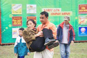 Quyền Linh nhiều lần bỏ tiền túi, không lấy thù lao để giúp người nghèo
