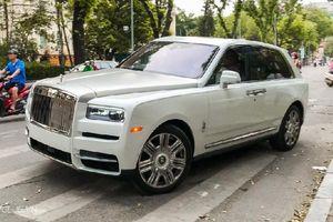 Bên trong Rolls Royce Cullinan đầu tiên Việt Nam có gì?
