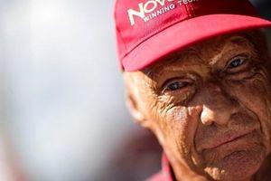 Tay đua F1 huyền thoại 3 lần vô địch Niki Lauda qua đời ở tuổi 70