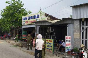 Nghệ An: Nghi án chồng đâm vợ, đốt nhà rồi lái xe tông vào tình địch