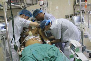 Truyền 4.200ml máu cứu người bị tai nạn giao thông khỏi 'lưỡi hái tử thần'