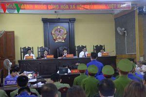 Nhiều diễn biến bất ngờ tại phiên tòa xét xử sai phạm đền bù thủy điện Sơn La