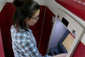 Chuyển đổi thẻ từ sang thẻ công nghệ chip: Giải pháp để tăng tính bảo mật