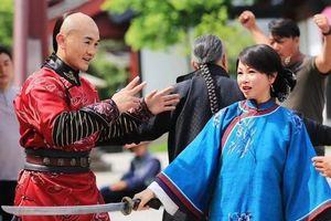 'Đệ nhất Thiếu Lâm' Nhất Long bị chỉ trích vì mải đóng phim