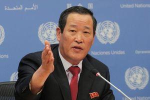 Triều Tiên họp báo bất thường, đòi Mỹ trả tàu vì tương lai hai nước