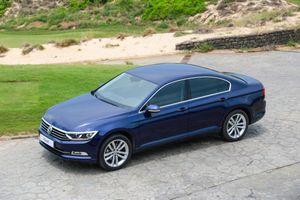 Đánh giá Volkswagen Passat BlueMotion: 'trung niên' hơn cả Camry