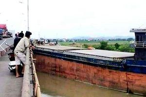 Hải Dương: Cầu An Thái lại bị tàu thủy đâm, giao thông ùn tắc cục bộ nhiều giờ