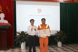 Khen thưởng thanh niên Hải Phòng cứu sống du khách gặp nạn dưới biển Đồ Sơn