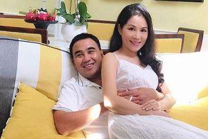 Cuộc sống MC Quyền Linh bên vợ đẹp, con xinh sau 14 năm kết hôn