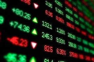 Chứng khoán bất ngờ giảm điểm, nhiều cổ phiếu bluechips lao dốc