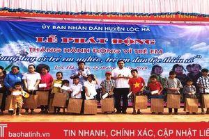 Lộc Hà trao trên 110 suất quà nhân Tháng hành động vì trẻ em năm 2019
