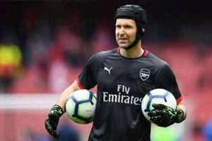 Petr Cech gây sốc, trở về Chelsea làm giám đốc