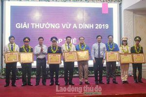 Giải thưởng Vừ A Dính năm 2019: Vinh danh 21 tập thể và cá nhân xuất sắc