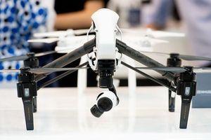 Sau Huawei, đến lượt hãng sản xuất drone DJI bị 'sờ gáy'?