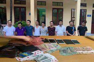 Thanh Hóa: Phá sới bạc '3 cây', 9 đối tượng bị bắt