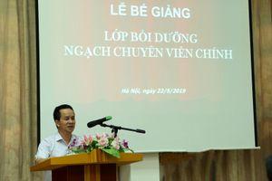 Bế giảng Lớp bồi dưỡng Ngạch Chuyên viên chính