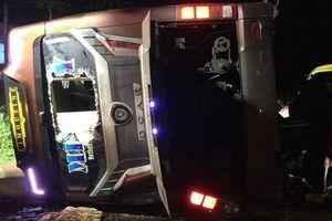 Đồng Nai: 2 mẹ con văng khỏi xe khách, tử vong thương tâm