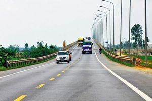 Sắp bàn giao toàn bộ cọc giải phóng mặt bằng 2 dự án giao thông lớn