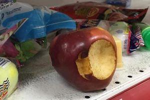 Vào siêu thị Auchan lấy đồ ăn: 'Như nơi vừa bị cướp'