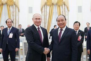 Chùm ảnh: Thủ tướng hội kiến Tổng thống và Chủ tịch Duma Quốc gia Nga