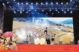 Sắc màu văn hóa dân tộc Mông giữa lòng Hà Nội