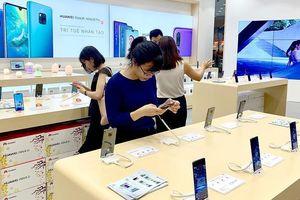 Người tiêu dùng phập phồng theo Huawei