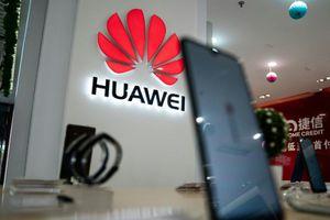 Số phận Huawei ra sao khi ARM 'nổ phát súng'?