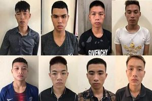 Triệt phá nhóm cướp táo tợn chuyên 'săn mồi' trên đại lộ Thăng Long