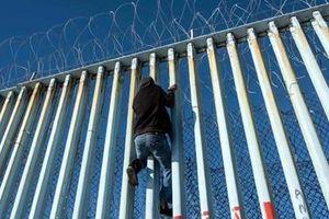 'Dịch vụ trọn gói' đưa người di cư đến Mỹ