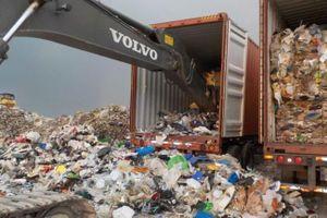 Tổng thống Philippines hạ lệnh trả rác về Canada