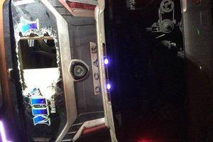 Clip: Hiện trường vụ lật xe khách ở Đồng Nai, 19 người thương vong