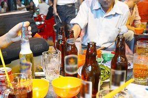Sẽ buộc thôi việc, thu bằng lái, phạt tiền đến 100 triệu nếu lái xe uống rượu bia gây tai nạn nghiêm trọng?