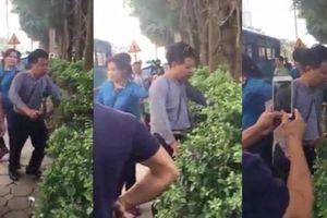 Hà Nội: Dân trút 'mưa đòn' xuống kẻ nghi sàm sỡ phụ nữ trên xe buýt