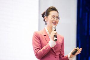 Dương Thùy Linh truyền cảm hứng cho nữ sinh viên qua sự kiện Women Deliver