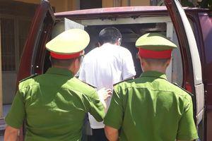 16 năm tù cho gã hàng xóm xâm hại tình dục bé gái