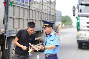 Phát hiện tài xế dương tính với ma túy ngay cửa ngõ Thủ đô