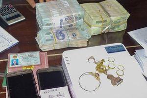 Đánh sập ổ bạc tiền tỷ ở huyện miền núi Thừa Thiên Huế