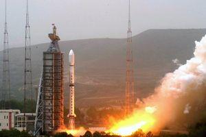 Tên lửa TQ vỡ vụn trong vụ phóng thất bại vệ tinh tối mật