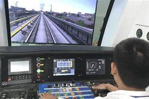 Nhân sự đường sắt trên cao đang tập vận hành tàu