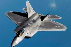 Lợi thế của máy bay chiến đấu F-22 và F-35 của Mỹ so với J-20 của Trung Quốc là gì?