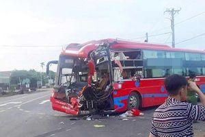 Gia Lai: Hai xe khách 'đấu đầu', 7 người nhập viện khẩn cấp