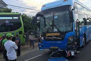 Tai nạn liên hoàn, 1 người tử vong, xe khách lao vào nhà dân