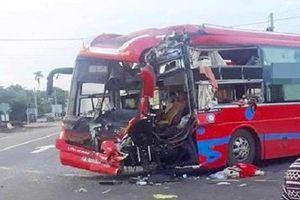Gia Lai: Hai xe khách va chạm, 7 người nhập viện