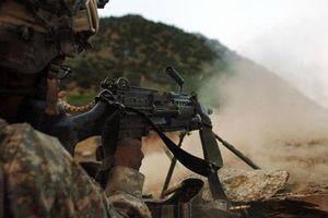 Lạ lùng khẩu trung liên ưa thích của đặc nhiệm Navy SEALs
