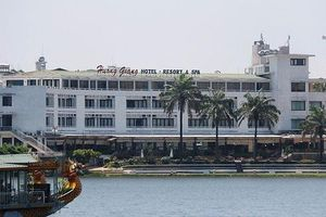 Đằng sau chuyện nhà đầu tư chiến lược Bitexco âm thầm thoái vốn tại Du lịch Hương Giang...