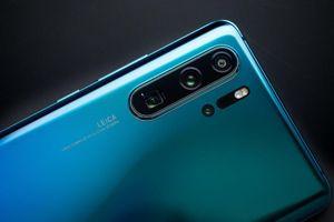 Google gỡ bỏ Huawei P30 Pro và Mate X khỏi website